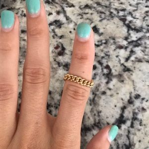 Jewelry - Gold chain ring